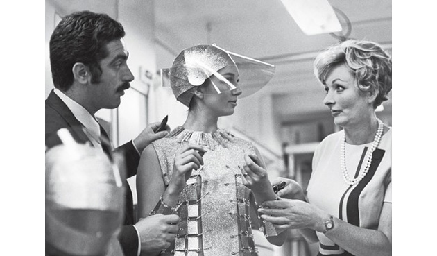 The Space Age Paco Rabanne Amp Pierre Cardin Fashion